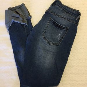 {Off Brand} size medium cropped jeans